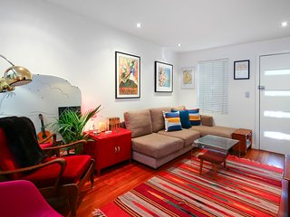 Private oasis in the hub of Bohemian Sydney - Newtown vacation rentals