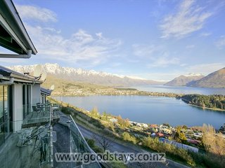 Four-level, contemporary apartment spectacularly located on Queenstown Hill. - Queenstown vacation rentals
