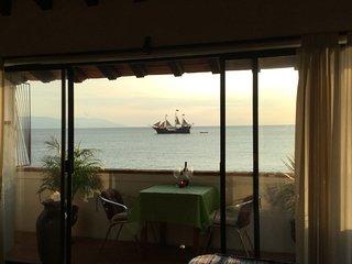 Oceanfront Studio (very large) - Puerto Vallarta vacation rentals