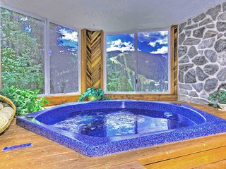 Keystone Condo - private hot tub, walk to slopes! - Keystone vacation rentals