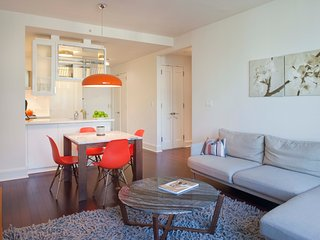 Cityscape Views at Lux 1 Bed/1Bath in Lincoln Sq. - New York City vacation rentals