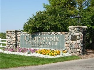 Charlevoix Country Club Condo, 2BR, 2BA - Charlevoix vacation rentals