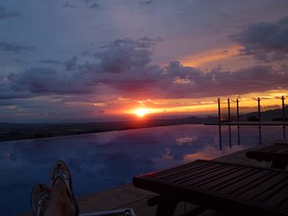 Large rural hilltop villa with infinity pool - Bedar vacation rentals