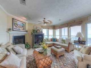 Bright Condo with Internet Access and Waterfront - Seagrove Beach vacation rentals