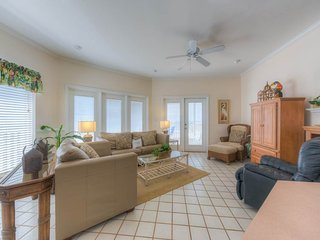 Cozy House with Waterfront and Hot Tub - Seagrove Beach vacation rentals