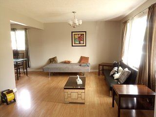 Two bedroom close to west Edmonton mall - Edmonton vacation rentals