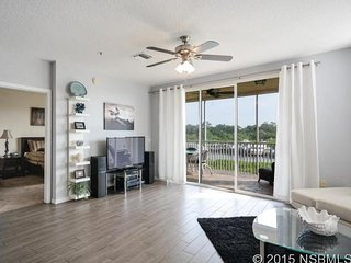 New 2/2 Condo Intercoastal Waterway New Smyrna Bch - New Smyrna Beach vacation rentals