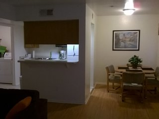 2BEDROOMCONDO2BATHNEXTTOSUNCITIESINSURPRISE - Surprise vacation rentals