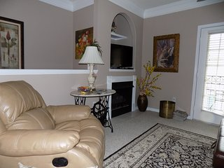 Nicely furnished 1 bedroom at Legecy Villa's - Gulfport vacation rentals