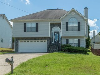 Perfect House with Television and DVD Player - College Park vacation rentals