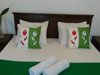 Entire villa for less than a hotel room price - Panadura vacation rentals