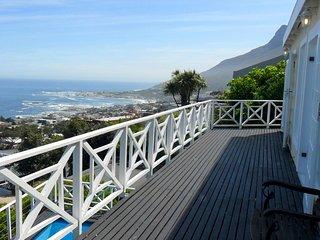 la Baia is a luxury villa with 5 bedrooms en-suite - Camps Bay vacation rentals