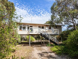 3 bedroom House with Microwave in Aireys Inlet - Aireys Inlet vacation rentals