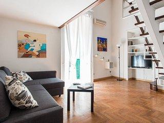 """""""Poerio 98"""" nel salotto di Napoli - Naples vacation rentals"""