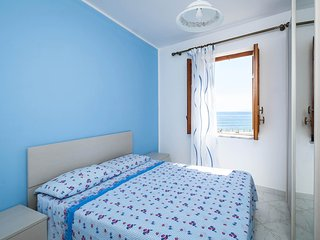 3 bedroom House with Internet Access in Porticello - Porticello vacation rentals