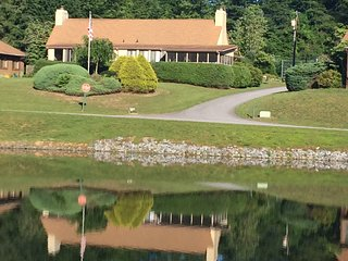 A Place at the Lake Hendersonville, NC 2 Br 2Ba - Hendersonville vacation rentals