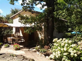 2 bedroom House with Washing Machine in Brousses-et-Villaret - Brousses-et-Villaret vacation rentals