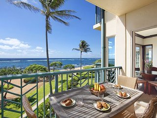 A306** BEACH FRONT** A306 WOW Location ***** - Kapaa vacation rentals