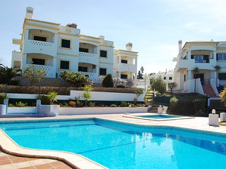 2 Bed Apt With Communal Pool, Carvoeiro - 41 - Carvoeiro vacation rentals