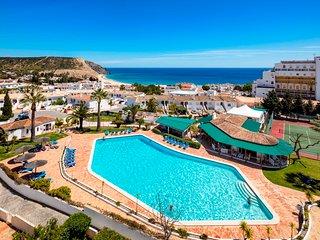 2 Bed Top Floor Apt With Panoramic Sea Views, Luz - Lagos vacation rentals