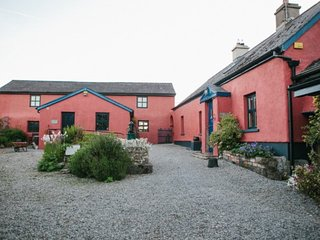 Charming cottage-Heart of Ireland - Moate vacation rentals
