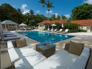 5 bed Luxury family Villa in St James nr Holetown - Holetown vacation rentals