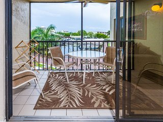 Santa Maria Harbour Resort 212 - Weekly - Fort Myers Beach vacation rentals