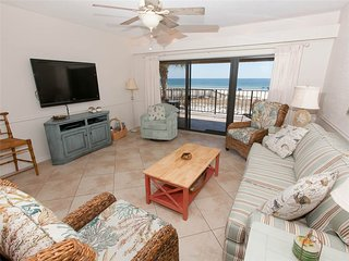 Nice Condo with Balcony and Fitness Room - Ono Island vacation rentals