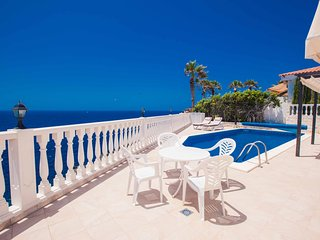 Comfortable 4 bedroom Villa in Callao Salvaje with Private Outdoor Pool - Callao Salvaje vacation rentals