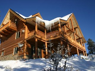 Vacation Rentals Breathtaking New Mountain Log Home - Shawnee vacation rentals