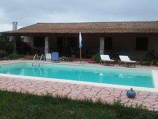 Casa in campagna con piscina privata, - Santa Maria La Palma vacation rentals