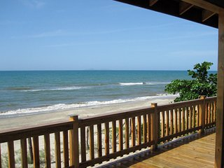 Caribbean Beachfront Paradise in Sambo Creek, Honduras - Sambo Creek vacation rentals