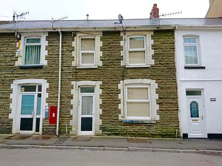 Ideal House for Contractors Nr M4, Port Talbot - Baglan vacation rentals