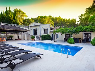 Lovely 5 bedroom Puigpunyent Villa with Internet Access - Puigpunyent vacation rentals