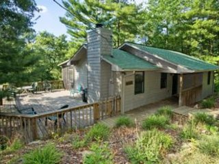 Perfect 2 bedroom House in Townsend with Deck - Townsend vacation rentals