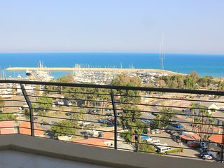 3b Deluxe Seaview-Finikoudes Beach - Larnaca District vacation rentals