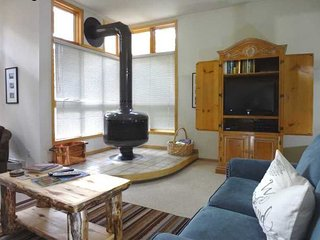 2 bedroom Apartment with Deck in Frisco - Frisco vacation rentals