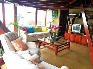 Nice House with Television and Balcony - Atenas vacation rentals