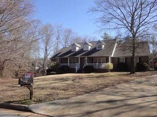Romantic 1 bedroom House in Jonesboro - Jonesboro vacation rentals