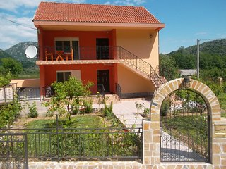 Nice Apartment with Internet Access and A/C - Virpazar vacation rentals