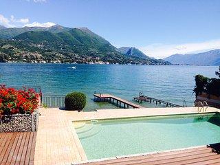 Esclusiva Villa a lago con DARSENA e PISCINA priva - Portese vacation rentals