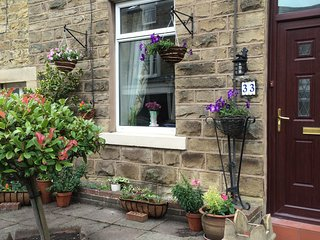 Dipper Cottage - quirky and dog friendly. - Wolsingham vacation rentals