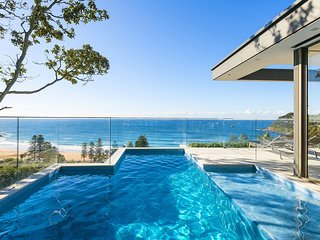 4 bedroom House with Private Outdoor Pool in Whale Beach - Whale Beach vacation rentals