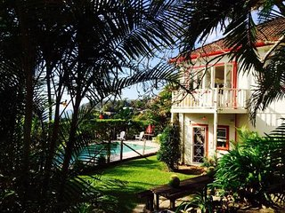 Perfect 4 bedroom House in Whale Beach with Private Outdoor Pool - Whale Beach vacation rentals