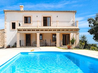 Country house with private pool and stunning views - Vilafranca de Bonany vacation rentals