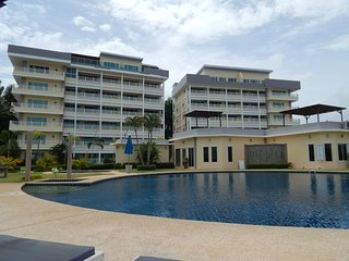 MaePhim Ocean Bay Luxury condo Rainbow type - Rayong vacation rentals