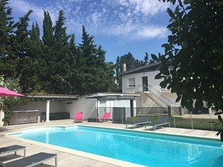 Grande villa contemporaine, au calme de la campagne - Sauzet vacation rentals