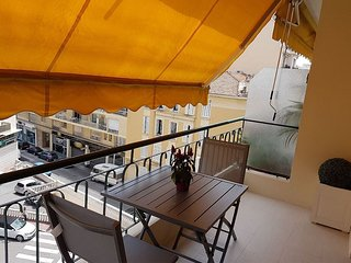 Modern Newly Renovated One Bedroom With Balcony - Cannes vacation rentals