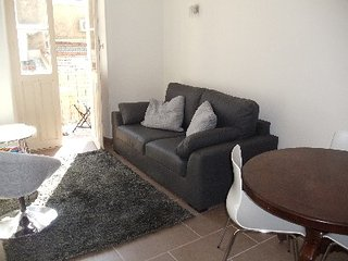 Two Bedroom Apartment in the Heart of Cannes - Cannes vacation rentals