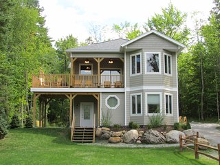 Adirondacks/Whiteface Vacation Rental ~ Mountain Views, Hot Tub, Gas Fireplace! - Wilmington vacation rentals